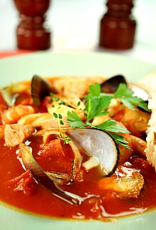 tomato based clam stew